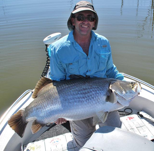 Greg Whitley 124 cm Barramundi, Monduran Dam
